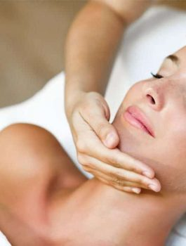 Facial-Massage-980x653
